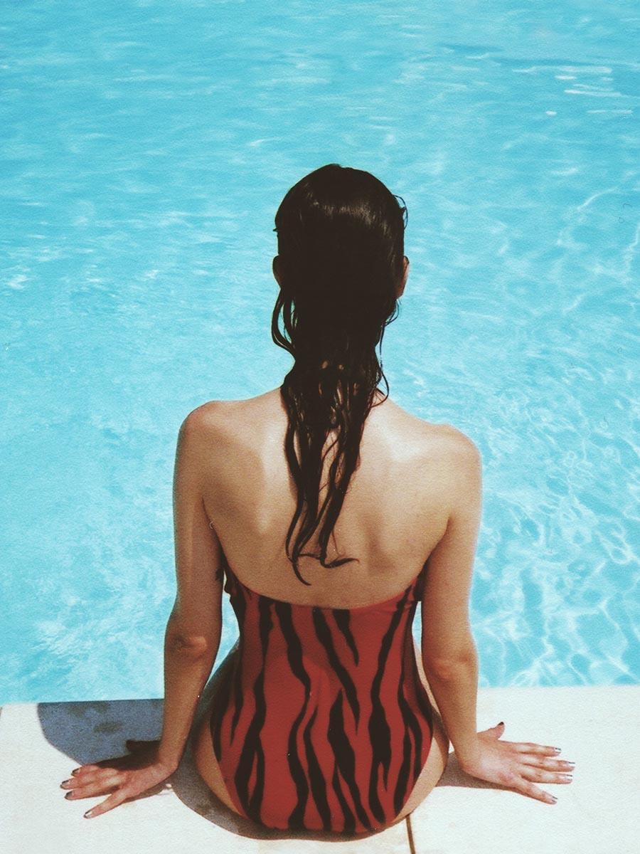 Img_swim_woman